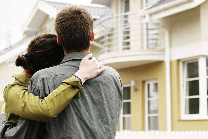 buying house 1