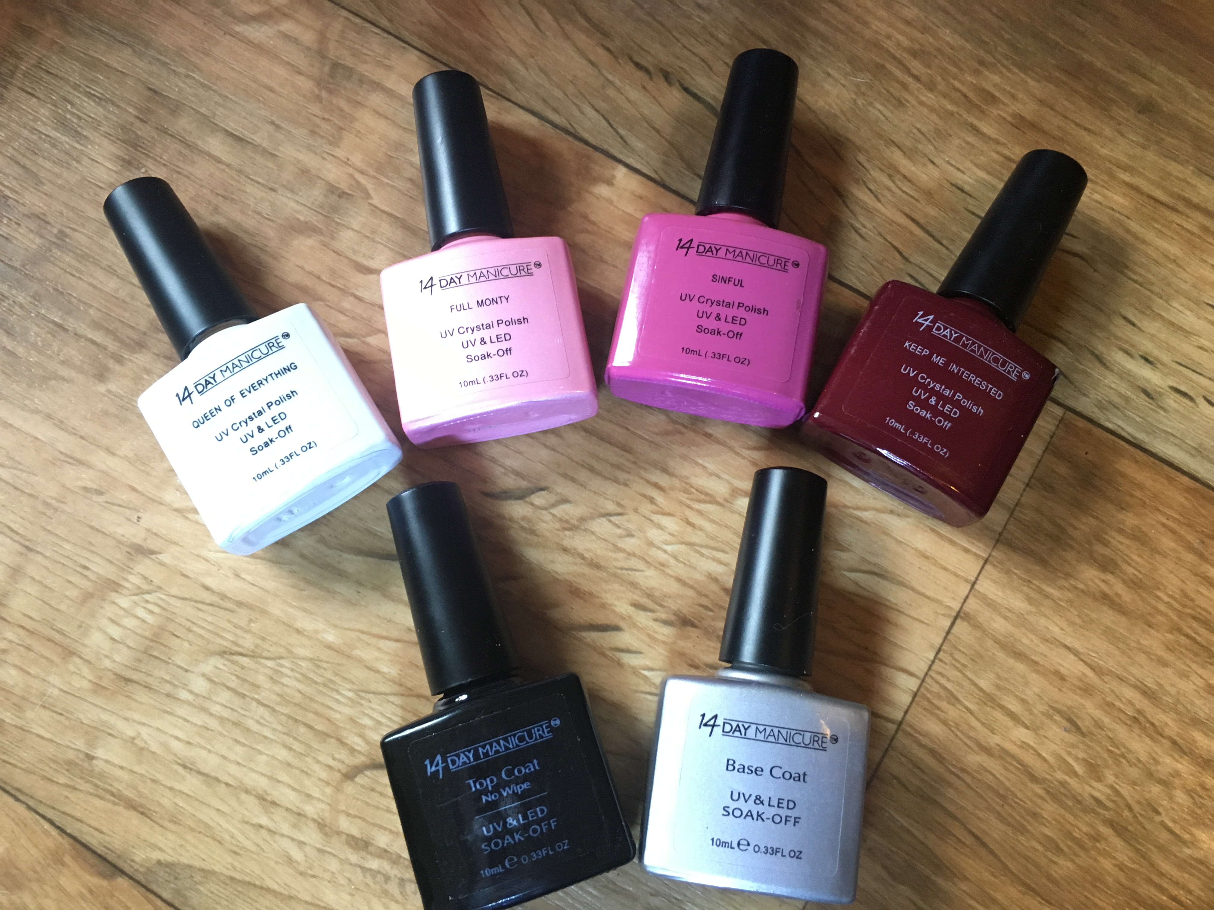 Achieve Beautiful Nails At Home With The 14 Day Manicure UV Gel ...