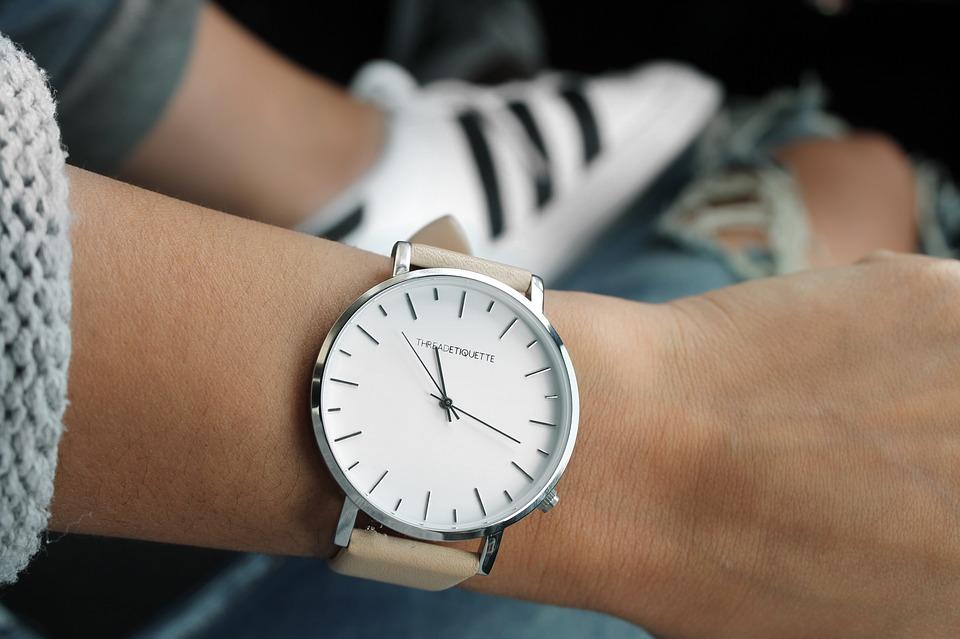 watch f