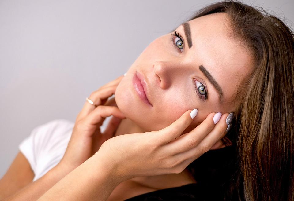 Skin Lightening Reviews & Comparisons